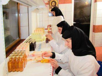 Top 3 produse Nera Plant create de maicutele de la Manastirea Nera