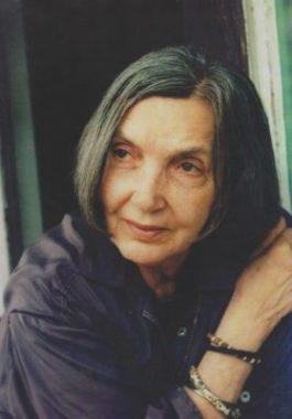 """Irina Mavrodin: """"In mentalul colectiv, valoarea si adevarul erau garantate de Monarhie"""""""