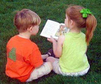 Cum seduce limba engleza lumea copilariei. Carti fascinante pentru copii