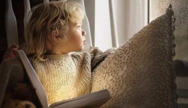 Ce le citim copiilor. Carti inedite de povesti de Craciun pentru copii