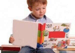 Educatia clasica versus educatia digitala. Kit-ul complet de carti necesare copiilor